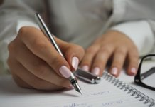 How To Analyze Handwriting In Letters